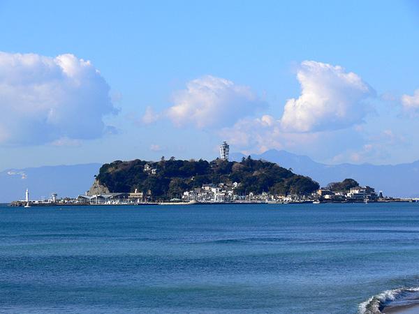 朝っぱらの江ノ島